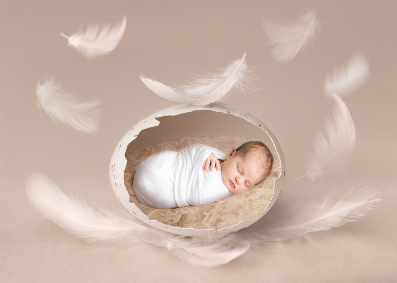 feather easter egg newborn photoshoot