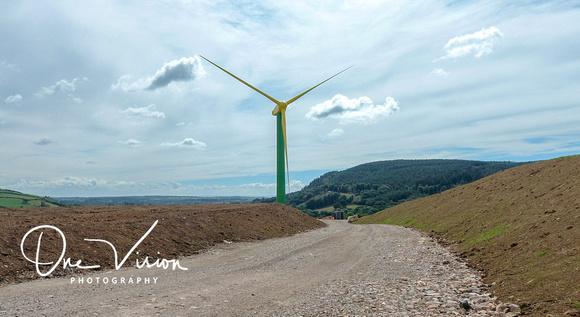 Giant daffodil wind turbine to power Royal Mint