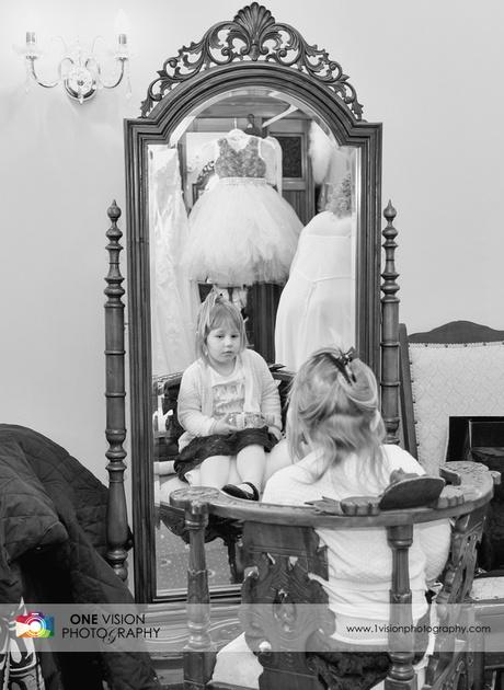 Little girl wedding fairy